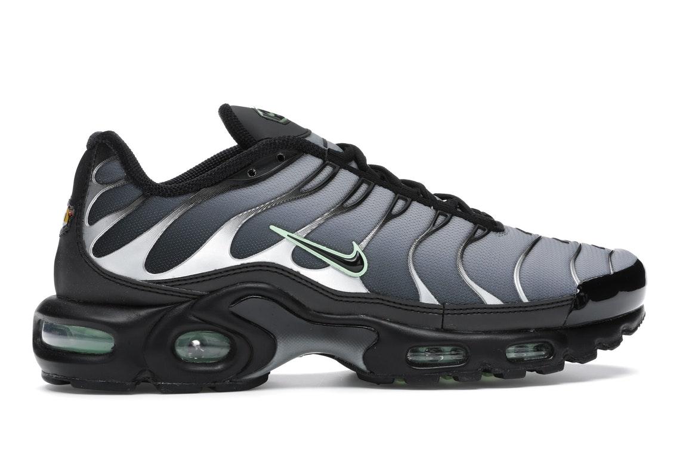 Nike Air Max Plus Black Particle Grey Vapour Green