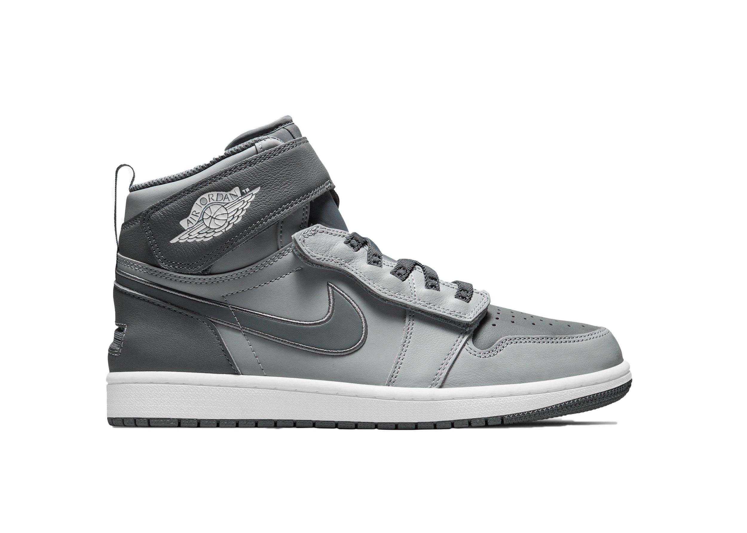 Jordan 1 High FlyEase Light Smoke Grey