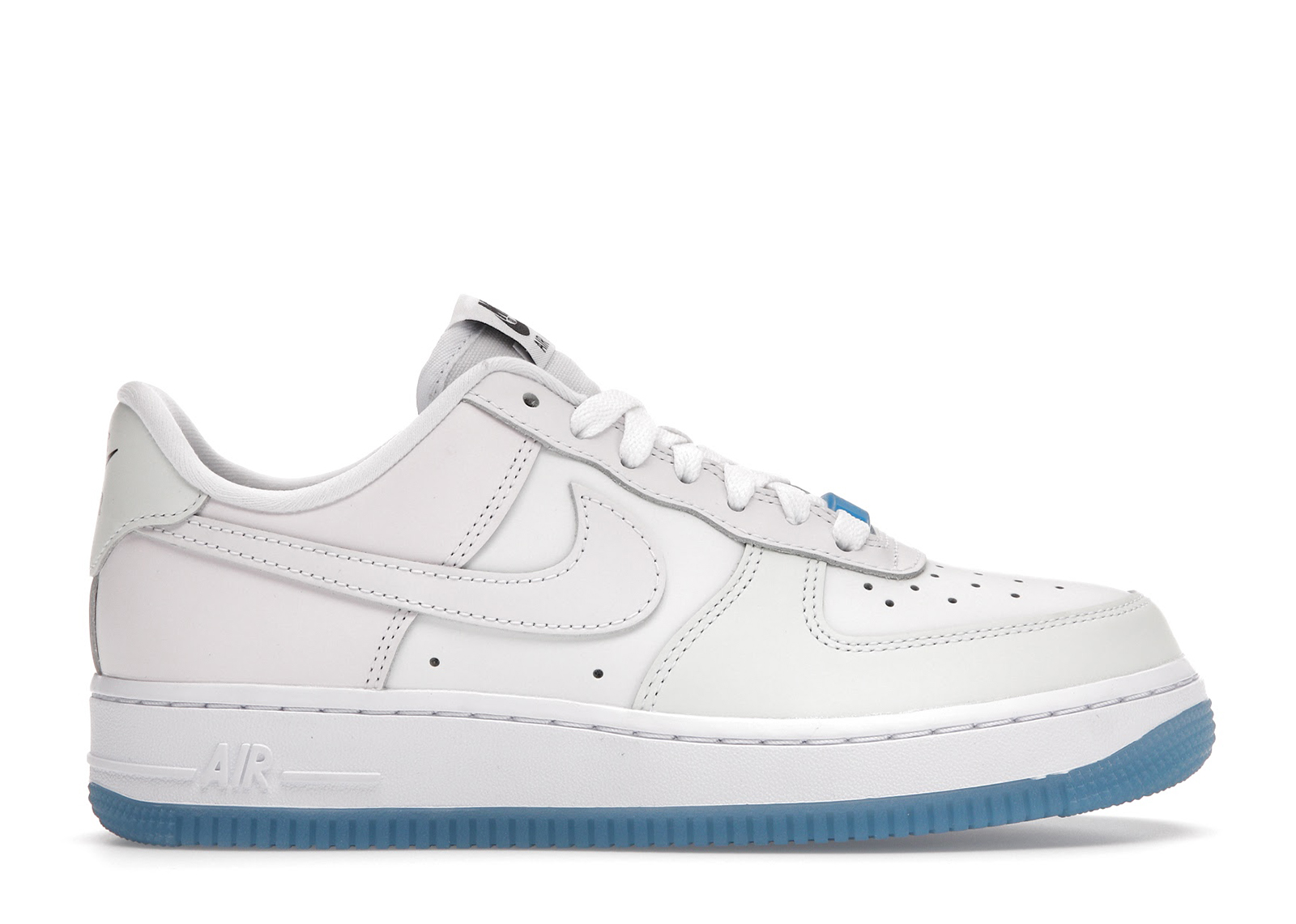 Acquista Nike Air Force Scarpe e sneakers deadstock